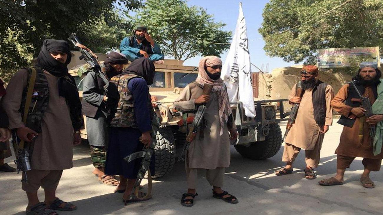 فیلم خوشگذرانی طالبان در خانه لوکس والی یکی از شهرهای تصرف شده افغانستان !